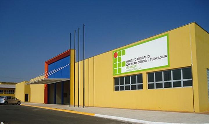 fachada-do-ifsp